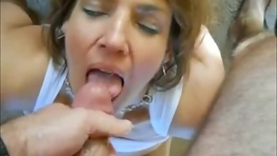 Amateur Cougar With Big Tits POV Gets..