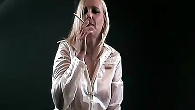 Sexy mature blonde smoking.
