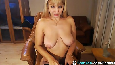 Huge Titties Blonde MILF Hottie