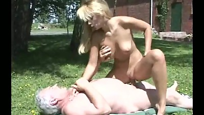 Young girl and old man very good sex