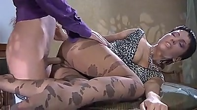 Arab Hot milf and her younger lover 403