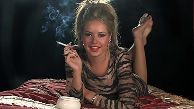 Liberty Parisse - Smoking Interview