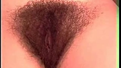 The dream : hairy women 4