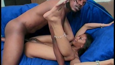Ebony babe cant resist black cock