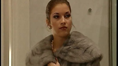 Facial Mature Threesome Hd - Hot Threesome with italian fur Lady in.