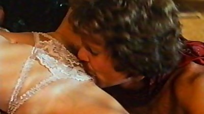 Intimate Lessons-Kay Parker (Full..