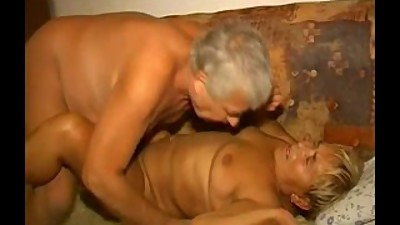 Fat lusty granny gets her hairy cunt..