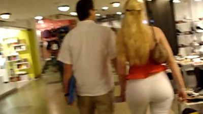 Big booty blonde MILF at the mall