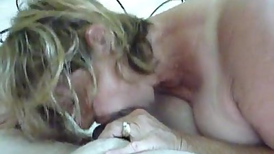 hot wife sucking cock