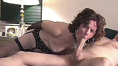 STONED MATURE  LOVES SUCKING BIG COCKS