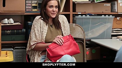 Shoplyfter - Mom and daughter Caught..