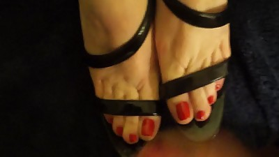 Cummy red summer toes