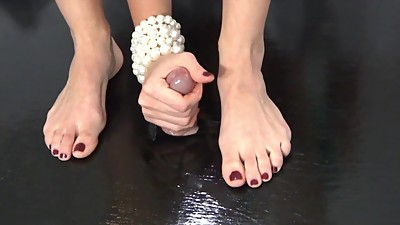 Mom Gives A Footjob