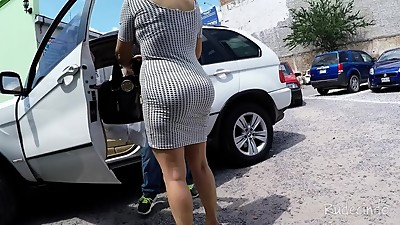 MILF WITH BIG ASS IN TIGHT DRESS. HUGE..