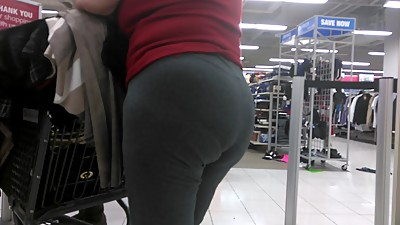 Gilf booty in grey sweats