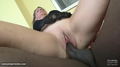 Euro chubby cougar first time fucking..