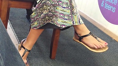 Candid Sexy Feet of Co-Worker Faceshot
