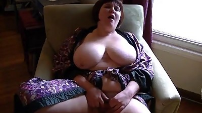 Mature massive tits with pierced..