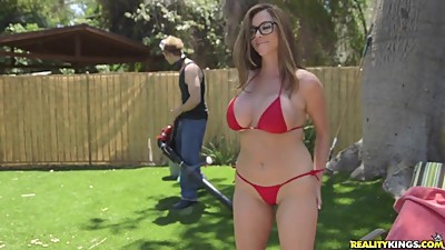 RealityKings - Milf Hunter - Backyard..