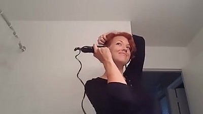 sexy milf shaves her head