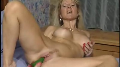 British MILF slut Anna fucking in both..
