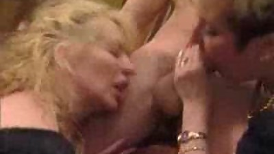 Mature - Anal  and  Fisting