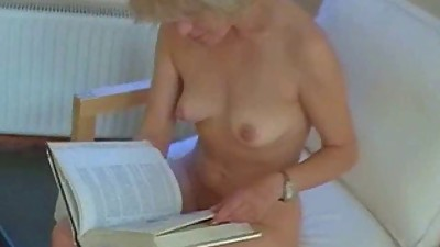 Mature babe gets a face full of cum
